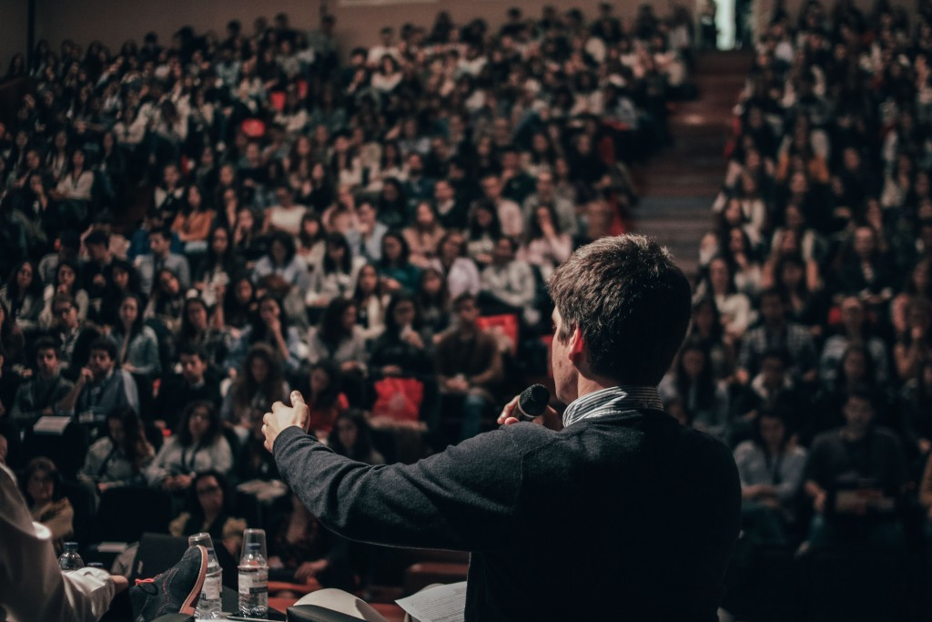 How to Turn Your Alumni into Brand Ambassadors